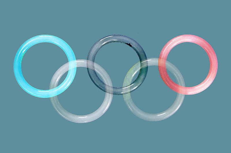 5大国产体育品牌的2015年财报,传递出这样10个信息