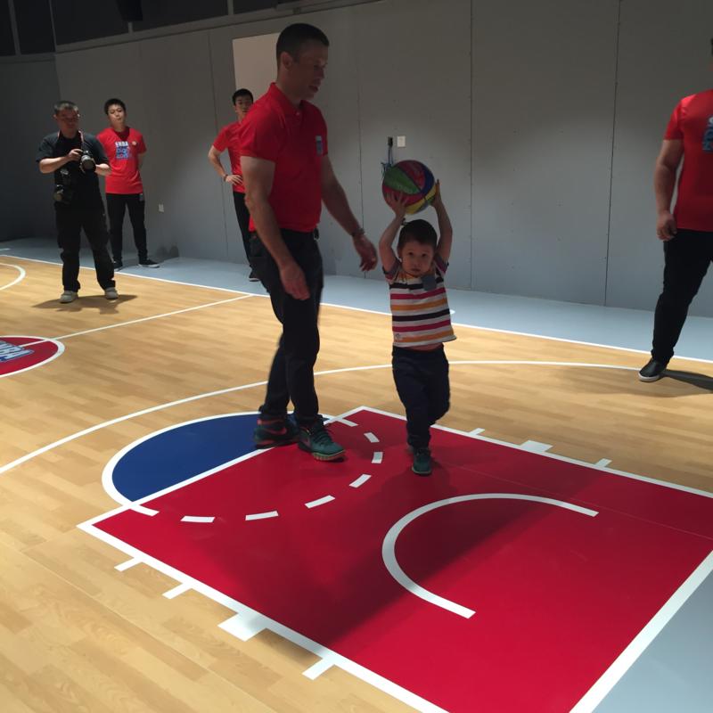 在中国拥有7亿粉丝还不够,现在NBA瞄准了中国儿童市场