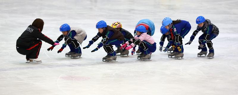 冰上装备市场初探:5000万规模,有人年翻3倍,争夺青少年!