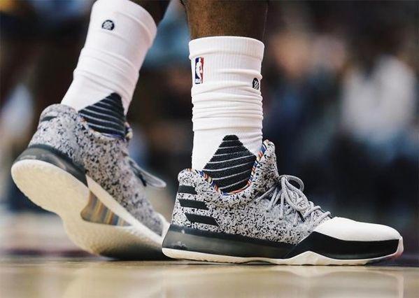 高帮篮球鞋究竟能不能防崴脚? | 懒熊涨姿势